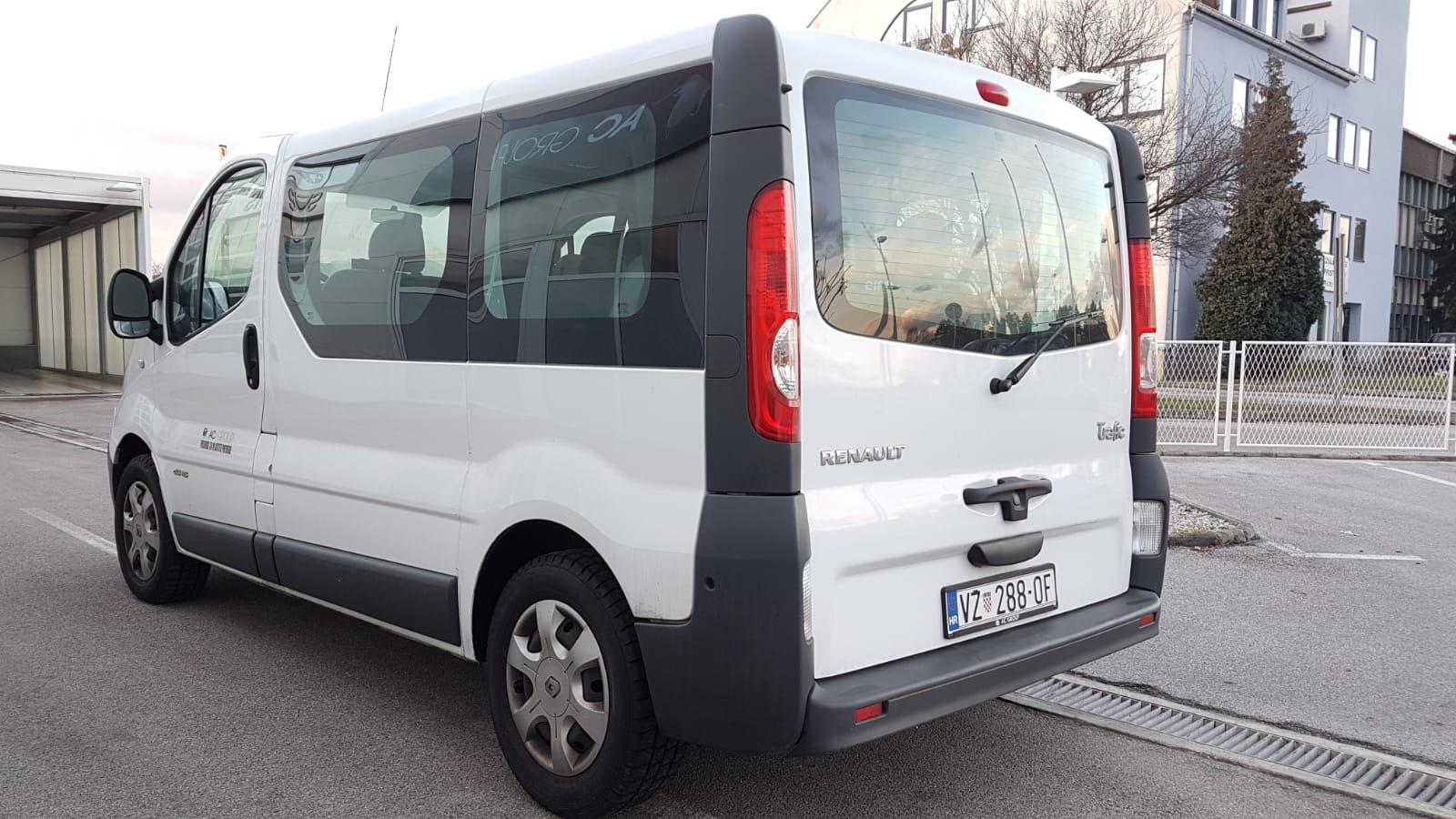 Renault Trafic 1 (VŽ 288-OF) 8